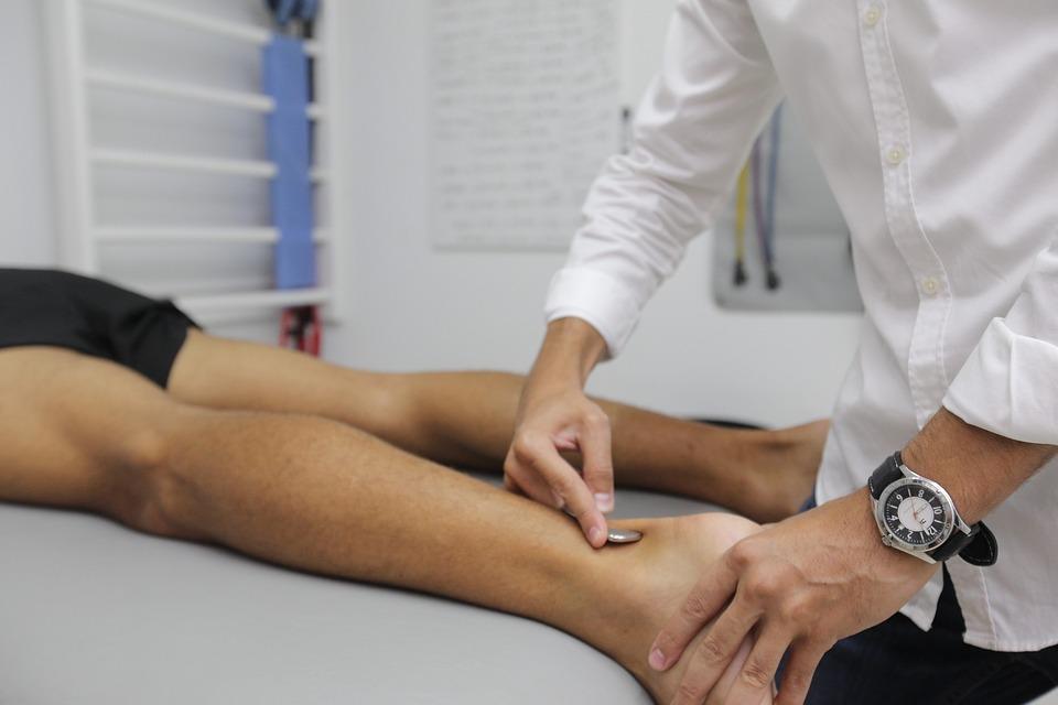 Physiotherapist myofascial release